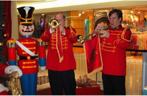 Holiday Act - Musicians, Trumpeters